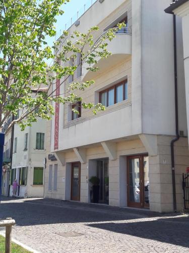 . Hotel Leon Bianco