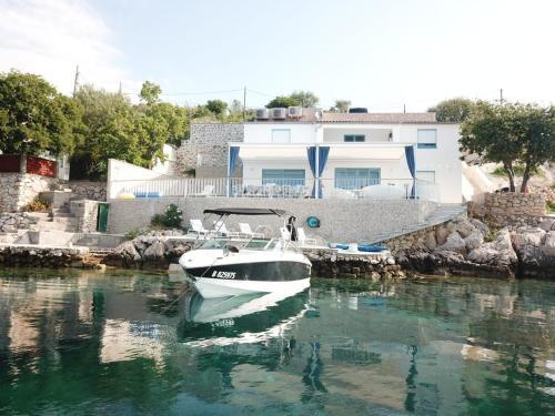 . Villa Beline