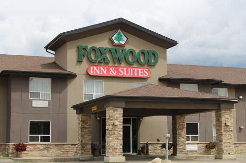 . Foxwood Inn and Suites