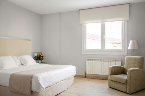 Double or Twin Room - single occupancy Hotel Nagusi 4