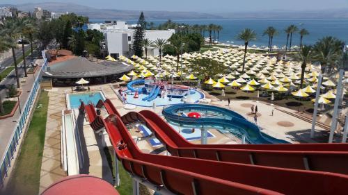 . Gai Beach Hotel