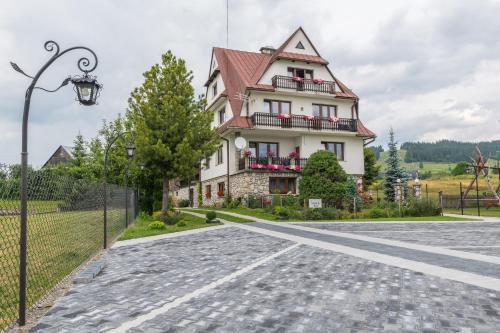 Pokoje Gościnne Sarenka - Hotel - Czarna Góra