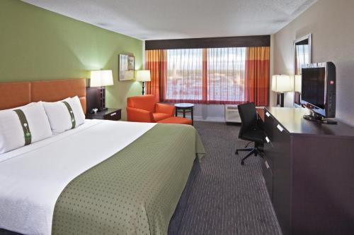 Holiday Inn Tulsa City Center - Tulsa, OK 74119