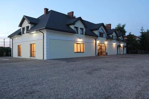__{offers.Best_flights}__ Hotel Restauracja Romantyczna
