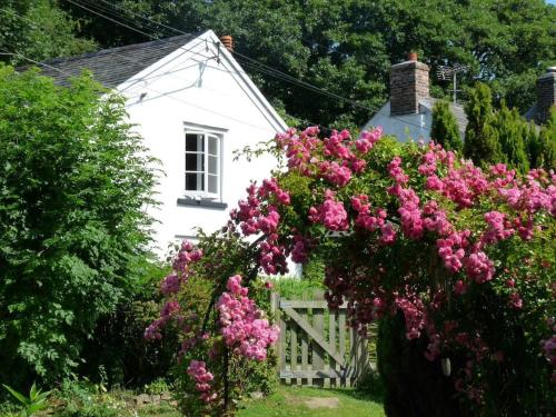 3 Hele Mill Cottage Holiday Home, Bude, Cornwall