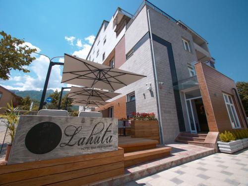 Hotel Lahuta