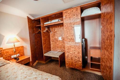 Photo - Shodlik Palace