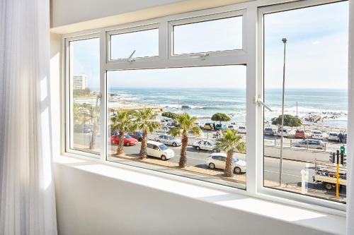 Appartement 2 Chambres - Vue sur Mer (Two-Bedroom Apartment with Sea View)