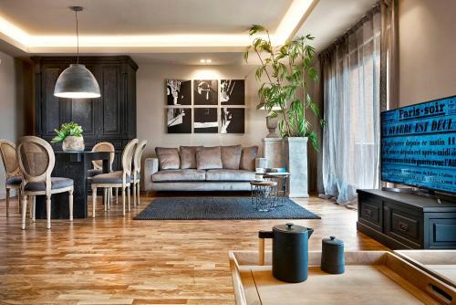 . Villa Albachiara by Ferrini Home