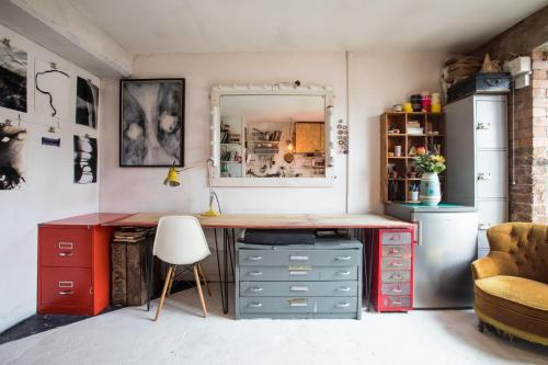 Picture of Artists Nest In East London