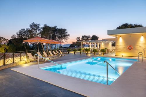 Hotel Admiral Casino Lodge La Linea De La Concepcion Booking Deals Photos Reviews