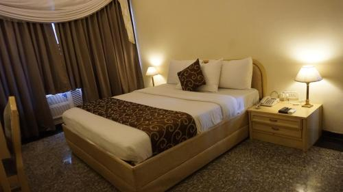 A-HOTEL com - Hotel Poonja International, Hotel, Mangalore