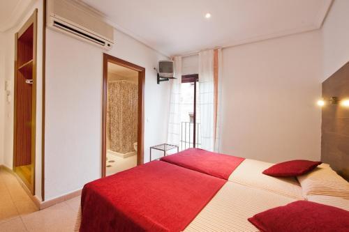 Hostal Sol room photos