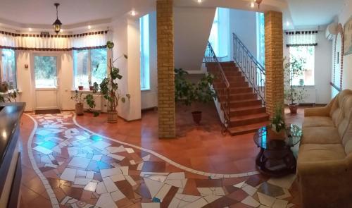 Hotel Aragvi, Cherkas'ka