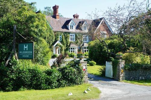 . Milebrook House