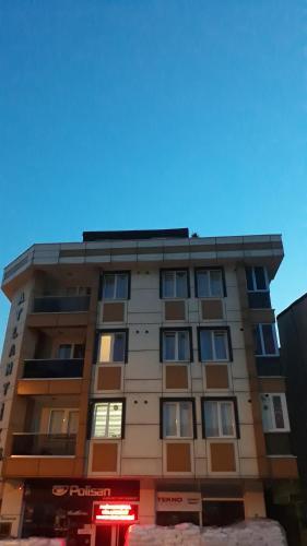 Uc otel, Sancaktepe