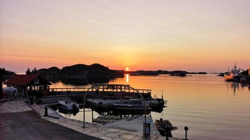 Kobbaneset No 1 - Tett På Havet - Bekkjarvik - Photo 5 of 27