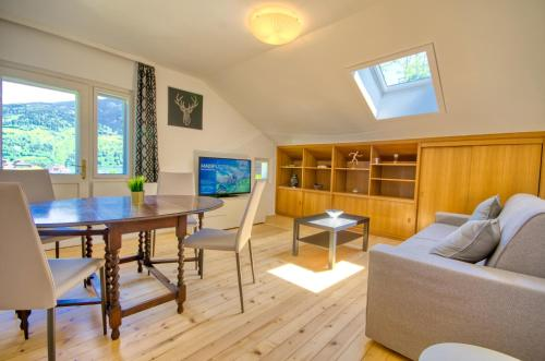 Apartment Mozart Top 3 by Alpen Apartments - Hotel - Zell am See