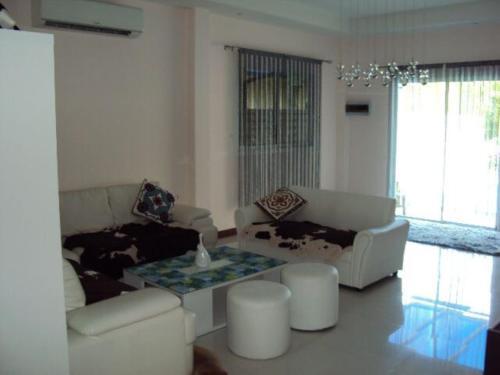 3 bedroom Villa on Soi Natai 3 bedroom Villa on Soi Natai