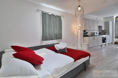 . Bedford Hospital Serviced Apartments