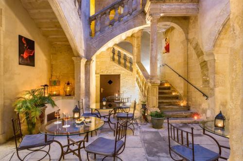 Best Western Marquis de la Baume - Hôtel - Nîmes