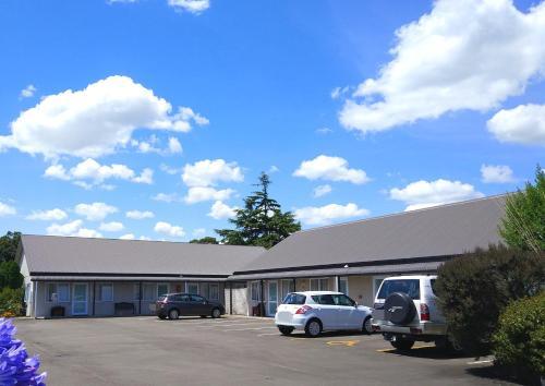 . Braemar Motor Lodge