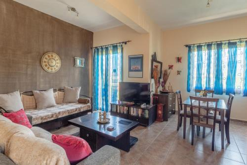 . Cosy apartment in Stoupa