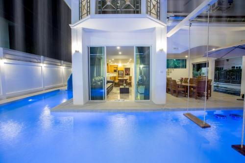 Baan MaLi Pool Villa. Baan MaLi Pool Villa.
