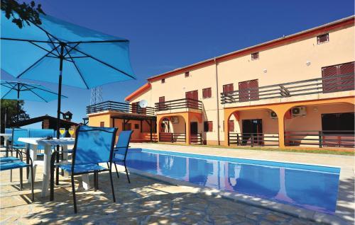 Two-Bedroom Apartment in Bilice