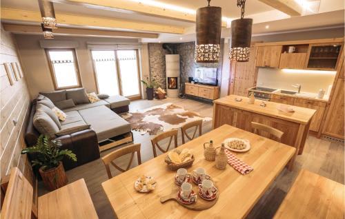 Two-Bedroom Apartment in Cerkije na Gorenjskem