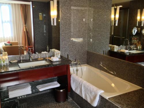 Grand Building-Business Double Room