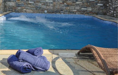 Holiday Home Portaria with Hot Tub II - Hotel - Portariá