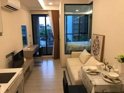 Luxury Condo Bangkok Center Near BTS Luxury Condo Bangkok Center Near BTS
