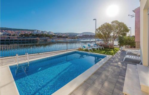 Four-Bedroom Holiday Home in Sibenik