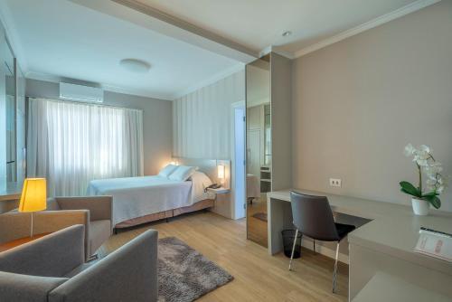 . Hotel Glória