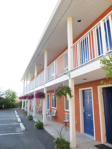 Accommodation in Oliver