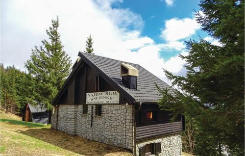. Two-Bedroom Apartment in Smartno pri Sl.Gradcu