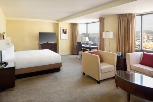 Hilton Parc 55 San Francisco Union Square - image 14