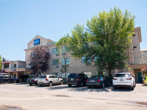 Pacific Inn&Suites Kamloops - Hotel