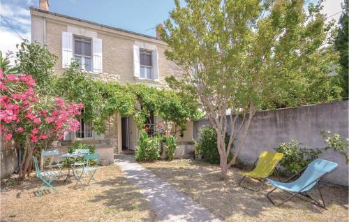 Four-Bedroom Holiday Home in Avignon