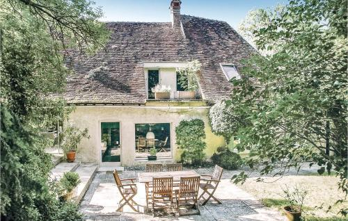 Holiday home St Georges sur Baulche L-760 - Location saisonnière - Saint-Georges-sur-Baulche