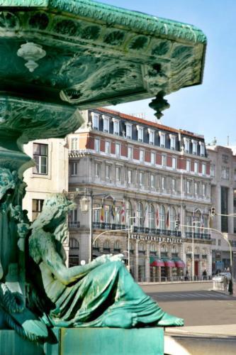 R. 1º de Dezembro 123, 1200-359 Lisbon, Portugal.