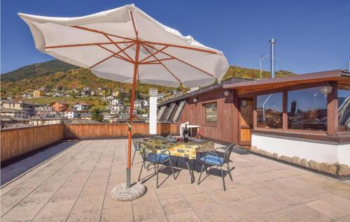Three-Bedroom Apartment in Teglio (SO) - Teglio