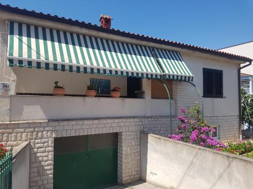 Maria Krstić Rooms, 52100 Premantura