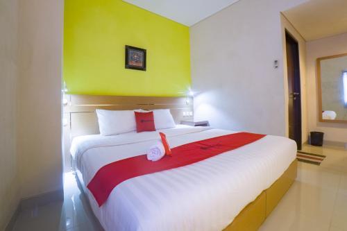 . RedDoorz @ Budget Hotel Ambon