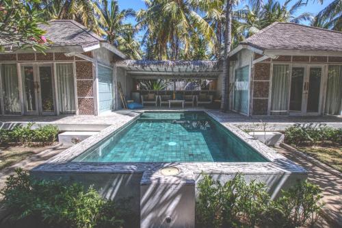 . Sunset Palms Resort