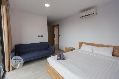 ONE 18 Long Bien Apartment, Long Biên