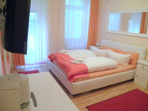 City Guesthouse Pension Berlin - Photo 3 of 45