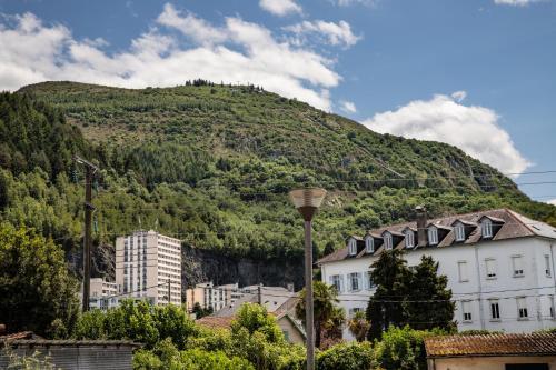 T2 parking nice view - Location saisonnière - Lourdes