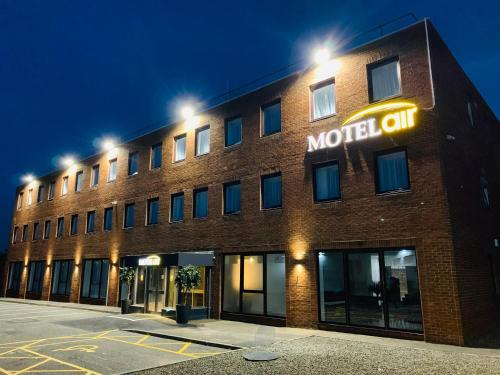 . Motel Air Glasgow Airport